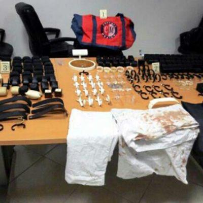 Encuentran cerca de 'La Caleta' una mochila con 249 estuches vacíos del robo a la joyería 'Diamonds International' en Cozumel