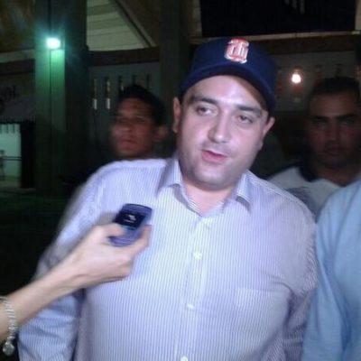 Asiste Borge al partido de los Tigres contra Piratas en estadio de Campeche, pero rechaza hablar sobre conflicto limítrofe