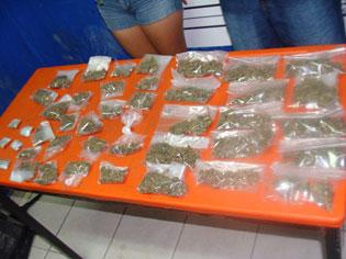 Detienen a una menor y acompañante con 42 dosis de droga en Playa