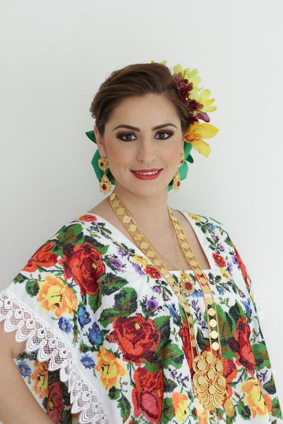 Anuncia Mariana Zorrilla desayuno del terno