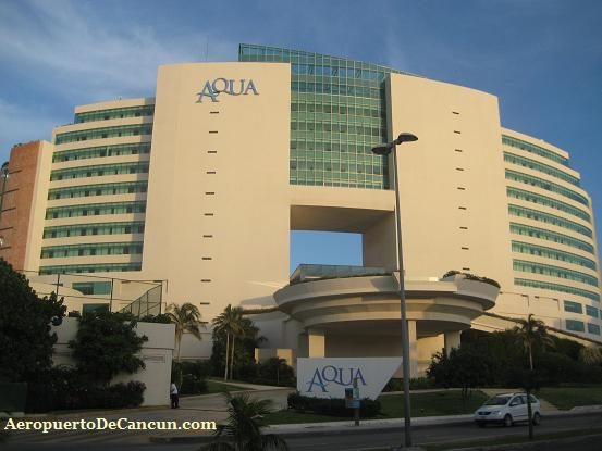 Muere turista de EU al caer del octavo piso del hotel Aqua en Cancún