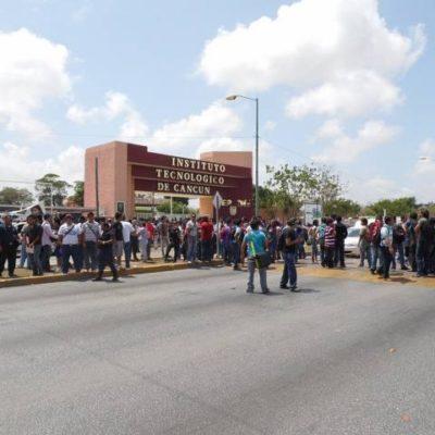 Cierran estudiantes del ITC la Avenida Kabah para exigir seguridad vial tras atropellamiento
