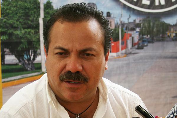 """SE REÚNE RICALDE CON MENDICUTI: Pide Alcalde respeto al municipio y coordinación; """"no vamos a aceptar una policía política"""", advierte"""