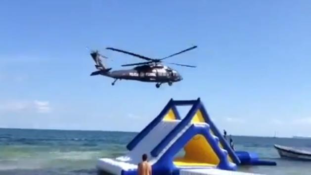 Provoca helicóptero de la PFP incidente en playa Bahía Petempich