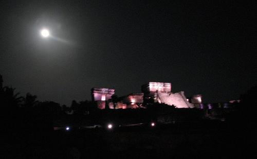 Por altos costos, suspende INAH el proyecto 'Tulum de Noche'