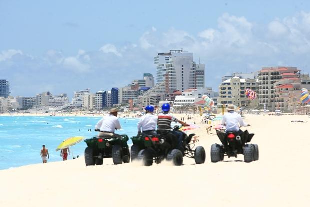 Reclaman al Gobierno estatal 44 mdp escamoteados para proyectos de turismo en Cancún… y la OVC sale al quite