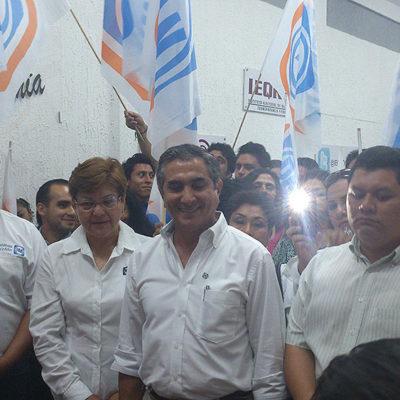 Registran PAN y PRD planillas de coalición 'de facto' en 8 de los 10 municipios de QR