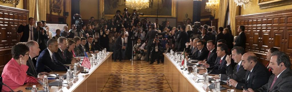 OBAMA EN MÉXICO: Ofrece Presidente de EU a Peña Nieto cooperación económica y apoyo contra el crimen y el tráfico de armas