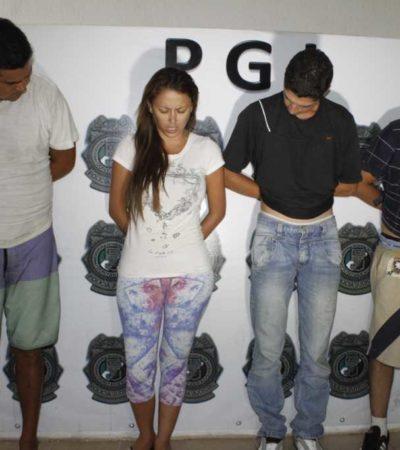 DEL DF A QR: Revelan extensa red de clonadores de tarjetas de banda detenida en Cancún