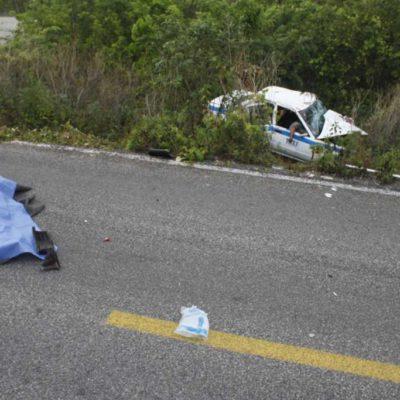 ACCIDENTE EN LA RUTA DE LOS CENOTES: Dos muertos y 3 heridos por choque de taxis y cuatrimoto