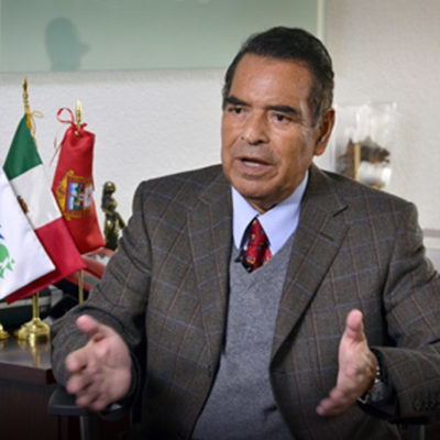 Pega el caso #LadyProfeco: Destituye Peña Nieto a Humberto Benítez Treviño tras escándalo de su hija