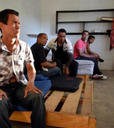Aseguran a 5 cubanos ilegales en Isla Blanca