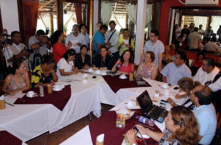 Acusan a delegados federales de intentar, con amenazas, coartar el voto a favor del PRI en QR