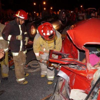 Ebrio conductor enluta a familia en Cancún: muere en choque niña de 4 años y su madre en Villas Otoch