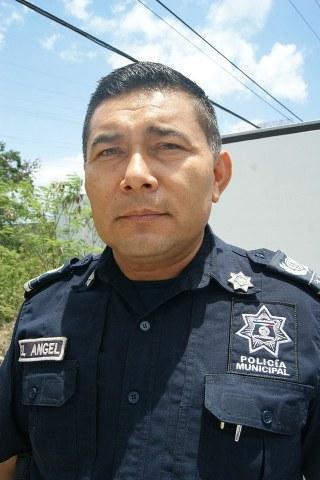 """Asegura comandante que la policía en Playa está """"limpia"""""""