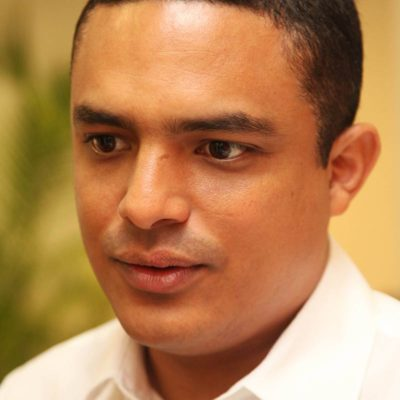 """RAYMUNDO KING, EL CÍNICO: Tras votar a favor del aumento del IVA en QR, dice diputado chetumaleño que mantiene 'disenso' contra el ajuste; que ahora """"habrá más dinero"""" para el estado, destaca"""
