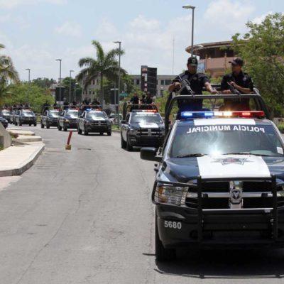 LADRONES CON PLACA Y UNIFORME EN CANCÚN: Detienen y consignan a 6 policías por asaltar y golpear a un peatón en la zona del 'Crucero'