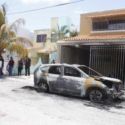 DENUNCIAN ATENTADO: Incendian auto de candidato suplente a diputación por el PRD en Cancún