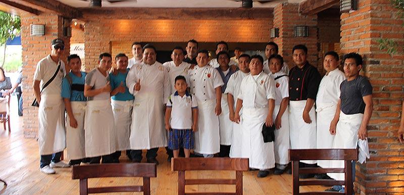 CAMPAÑAS: Se reúne Orlando Muñoz con chefs y le piden más promoción