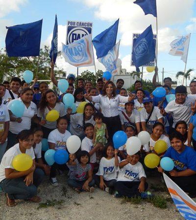 CAMPAÑAS: Demandan a Triny García más inversión para la educación