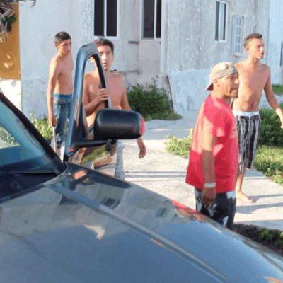 """Denuncia Alicia Ricalde agresión de presuntos """"porros"""" cuando realizaba marcha; culpa a la violencia del PRI, de Agapito y de Borge"""