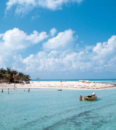 """Vislumbran PRI y PAN """"inminente"""" aprobación en el Senado de venta de playas a extranjeros"""
