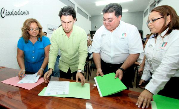 VORACIDAD DIVIDE A ALIADOS: Repartición de diputaciones plurinominales enfrenta al PRI con Panal y PVEM