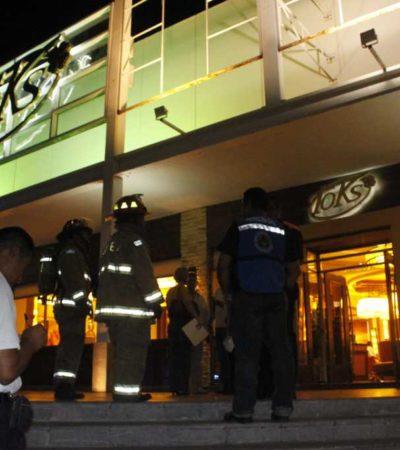 Falsa alarma de incendio en el restaurante Tok's de Plaza Oulet de Cancún