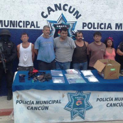 Con 1.5 kilos de cocaína, capturan policías municipales y marinos a narcomenudistas en un lavadero de autos en Cancún
