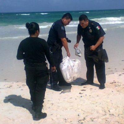 Recalan 16 'ladrillos' de cocaína en playa de Tulum