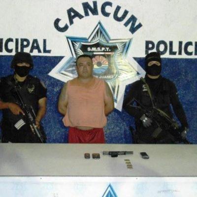 Arrestan a ex agente de Tránsito con pistola 'matapolicías'