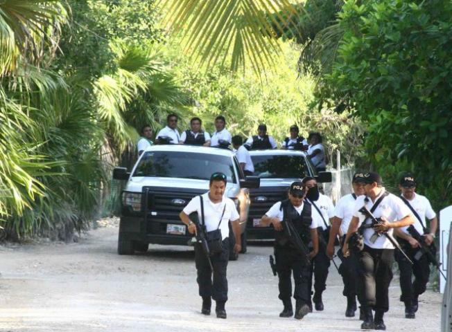 Desalojan 14 predios en la zona costera de Punta Piedra, en Tulum