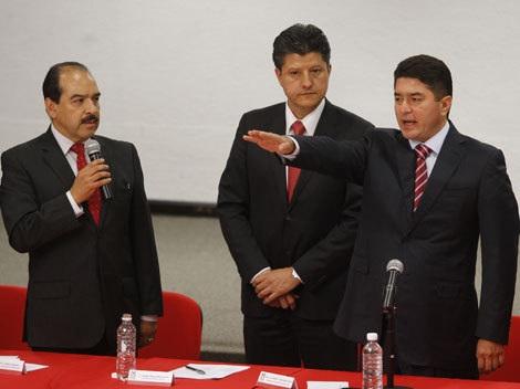 SE DEVALÚA FÉLIX GONZÁLEZ: Quiso ex Gobernador ser embajador de México en España y lo nombra PRI delegado en Nuevo León