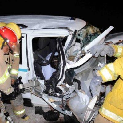 ACCIDENTE EN LA RIVIERA MAYA: Un turista italiano muerto y 5 heridos al chocar taxi foráneo en la carretera Playa-Puerto Aventuras