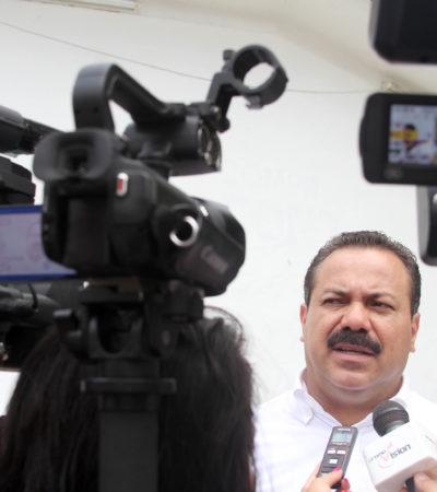Respalda Alcalde Julián Ricalde trabajo de bomberos en el incendio de 'Galerías El Triunfo'