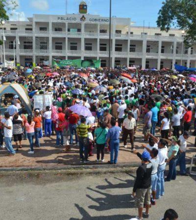 LEGITIMAN PARO MAGISTERIAL: Marchan miles de padres y alumnos en Chetumal en apoyo a los reclamos de maestros