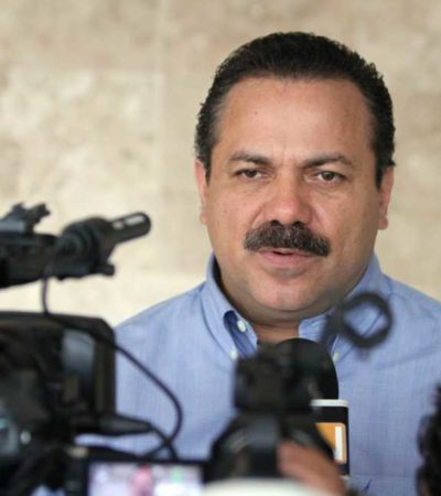 PIDE ALCALDE NO AFECTAR A CANCÚN: La Zona Hotelera no debe ser rehén, les dice Julián Ricalde a maestros