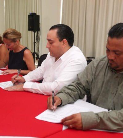ACUERDO FINAL DEL MAGISTERIO: Firman Comité de Lucha y Borge minuta para levantar paro de 3 semanas y reiniciar clases; prevalece desconfianza de maestros a la palabra del Gobernador