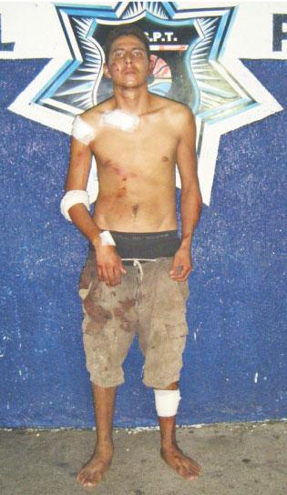 EVITAN LINCHAMIENTO: Capturan vecinos de la Región 201 a ladronzuelo, lo amarran a un poste y le dan golpiza