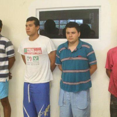 Detienen a 4 presuntos sicarios del Cártel del Golfo en Playa