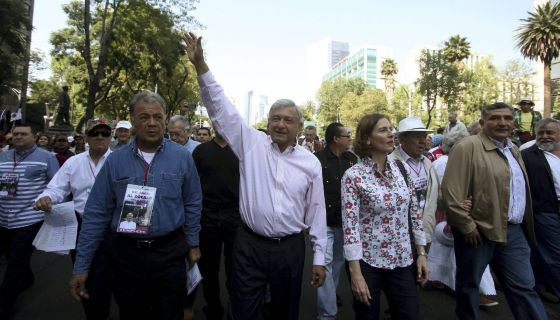 """LLAMADO A LA RESISTENCIA: Convoca AMLO a un """"cerco civil pacífico"""" para evitar la aprobación de la reforma energética"""