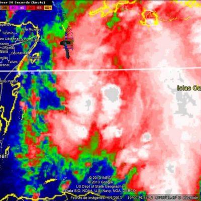 ALERTA POR SISTEMA TROPICAL: Evacuan Banco Chinchorro ante baja presión que podría convertirse en tormenta; anticipan fuertes lluvias en QR; temporal coge a Borge por sorpresa en Colombia y suspende gira