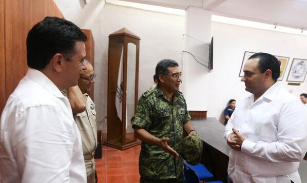 'KAREN', ¿UNA 'CORTINA DE HUMO' PARA BORGE?: Debate abierto sobre una contingencia que no fue tal para desviar la atención de un inoportuno viaje a Cartagena y la ola de despidos de burócratas en QR