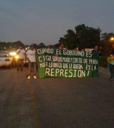 SIGUEN BLOQUEOS DE CARRETERAS: Cierran vías en el centro y sur de QR en respaldo a los maestros y para repudiar represión