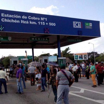 TOMAN AUTOPISTA OTRA VEZ: Maestros yucatecos protestan en la vía Mérida-Cancún y dejan pasar vehículos sin pagar cuota