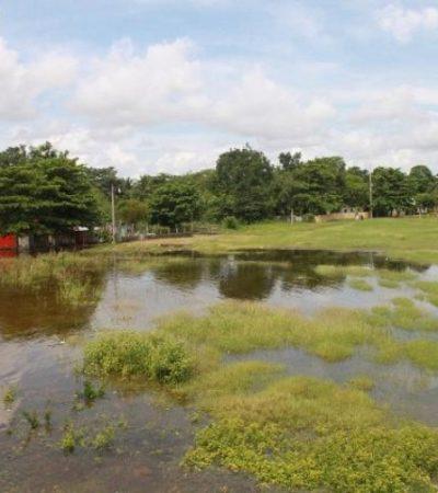 Sigue creciendo inundación en Noh-Bec por desbordamiento de laguna