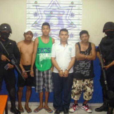 Capturan a 4 presuntos narco-secuestradores en Playa; uno era taxista