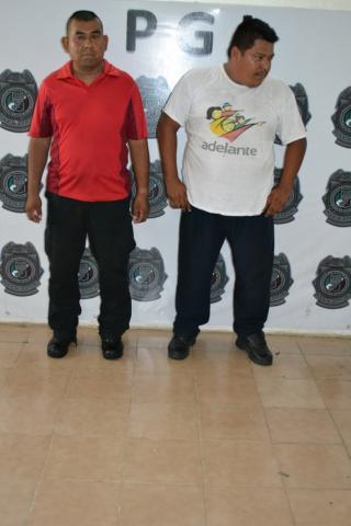 Dan complaciente condenada a 2 ex policías corruptos en Cancún