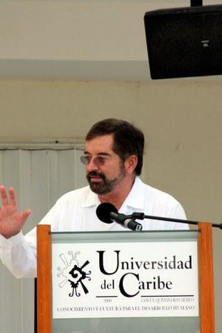 No se puede evaluar a todos los maestros con la misma vara, dice ex Rector Juan Ramón de la Fuente
