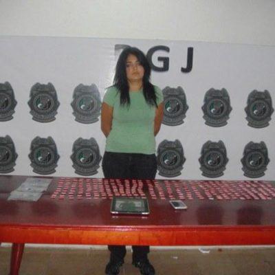 Tras 5 meses en la cárcel, liberan a narcomesera del Dady´O detenida con 300 dosis de droga